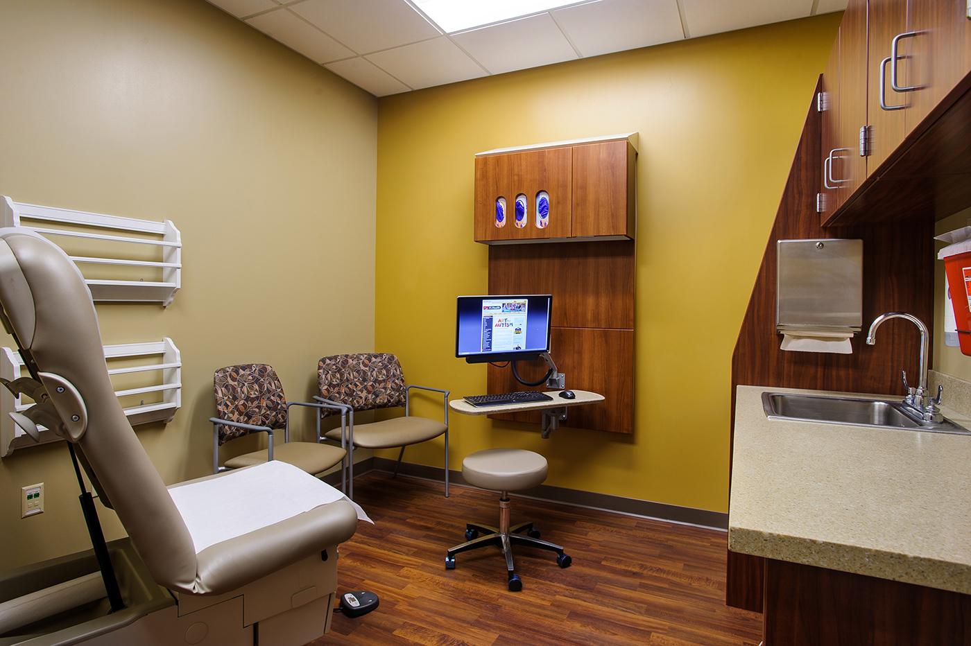 Family Medicine South Providence Mu Health Care