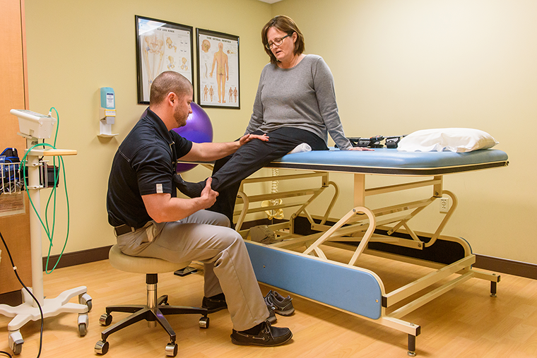 physical therapy therapist equipment body therapists health patient treatment care patients treating physicaltherapy mu muhealth