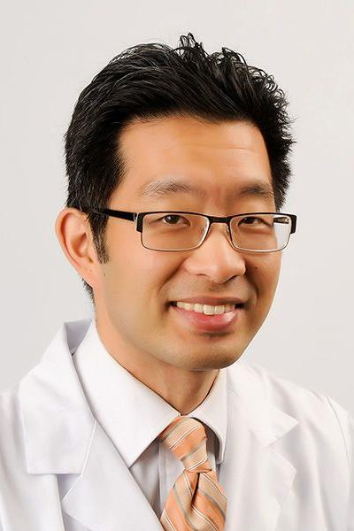 David Chang, MD headshot