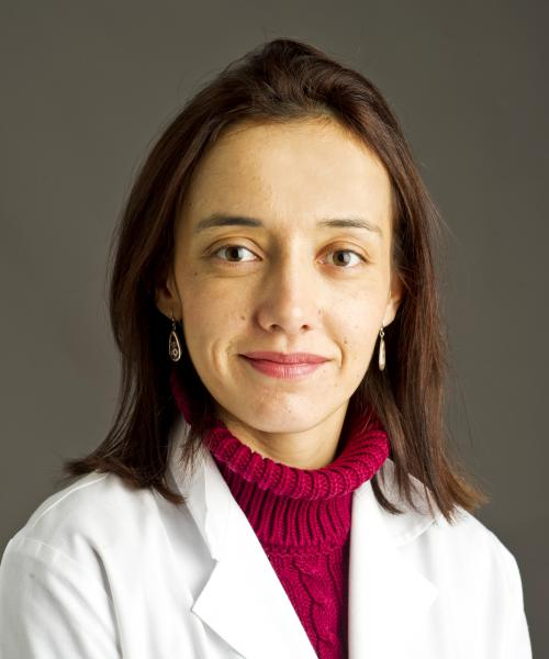 Camila Manrique Acevedo, MD headshot