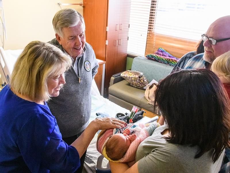 Gov. Mike Parson and First Lady Teresa Parson visit Women's and Children's Hospital